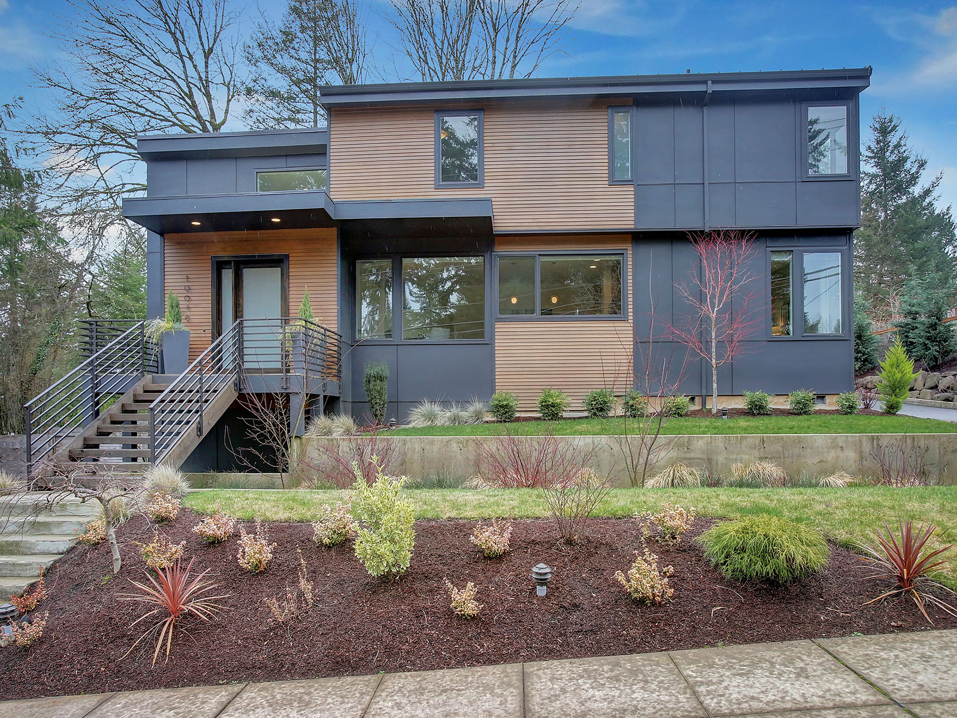 10046 SW 25Th Ave, Portland OR 97219