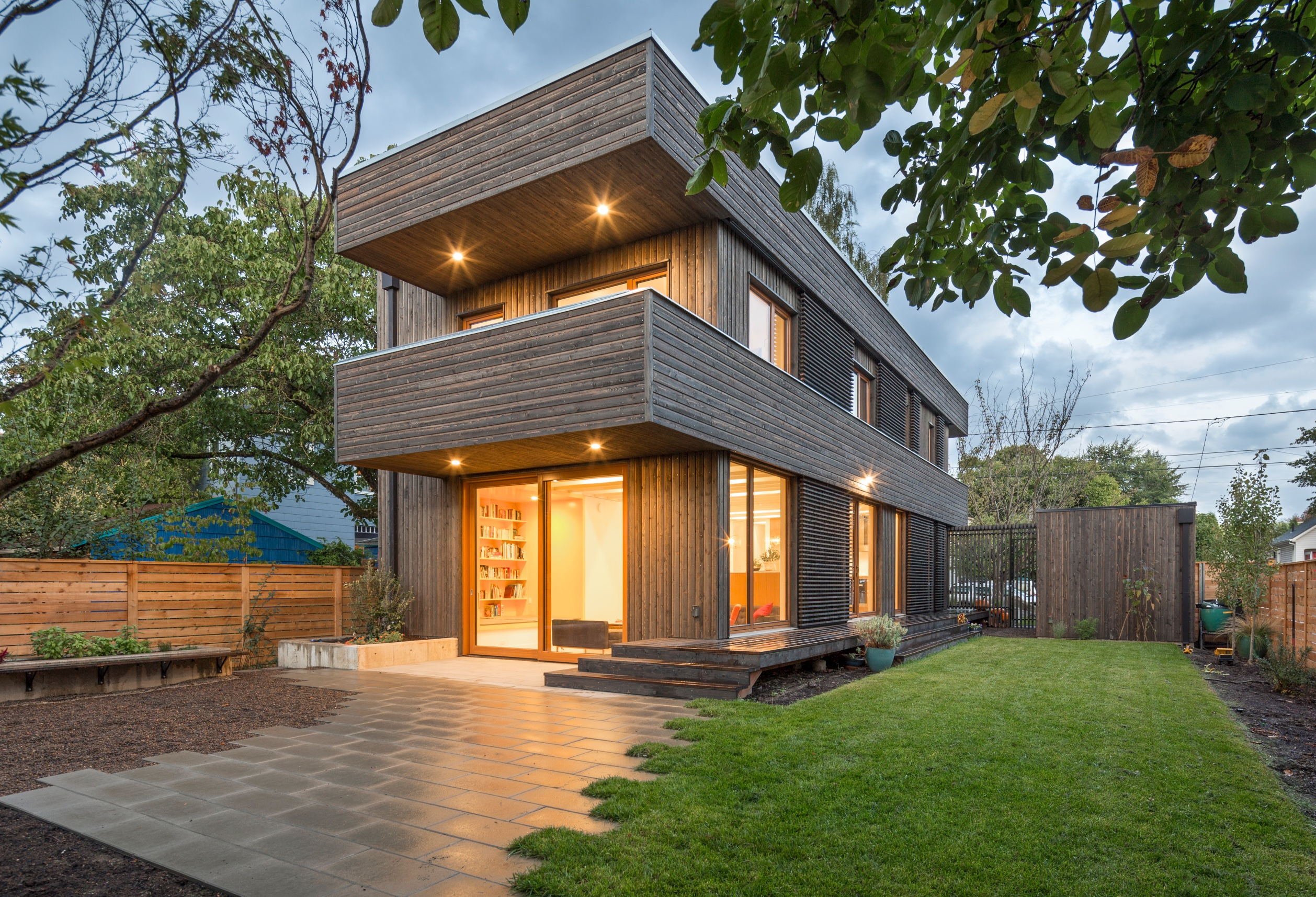 Modern homes in portland archives ruth price for Modern house price